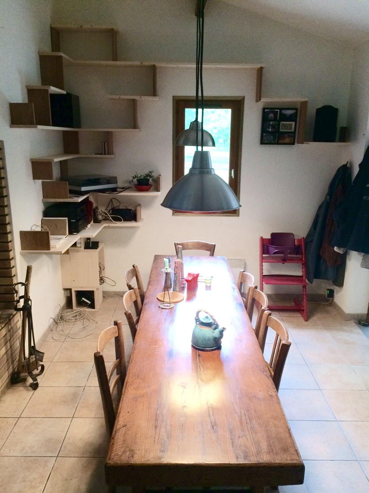 menuisier wetterwald bordeaux une tag re sur mesure menuiserie wetterwald. Black Bedroom Furniture Sets. Home Design Ideas
